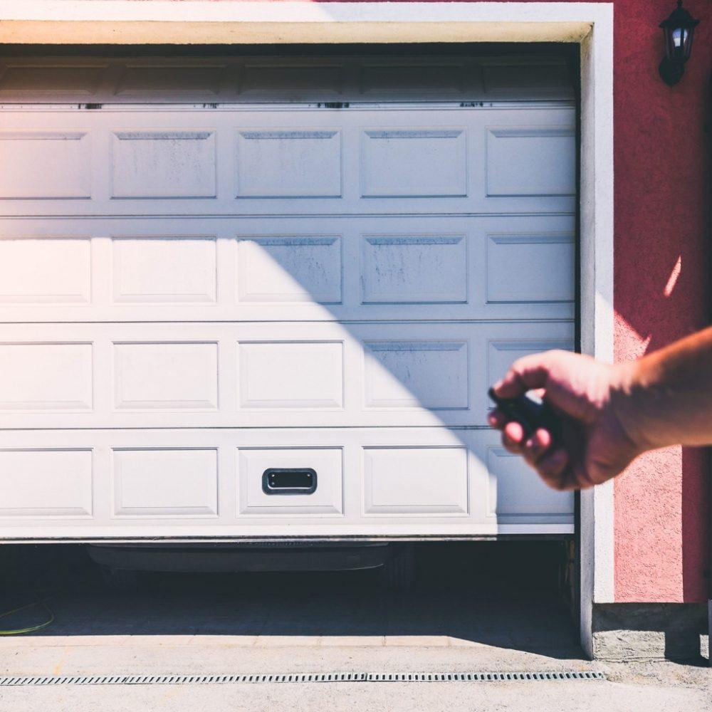 Bramy garażowe z pełną automatyką