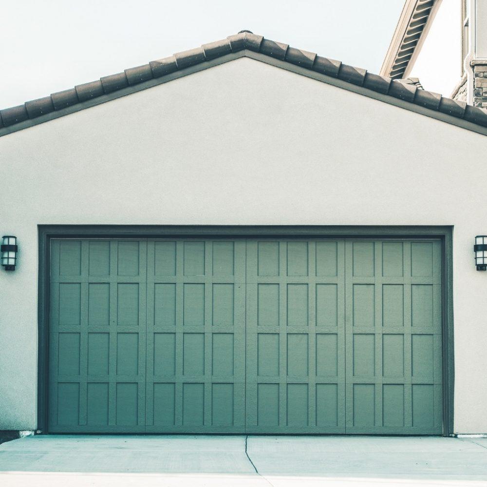 Duży wybór bram garażowych